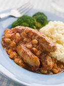 Sausage and Baked Bean Casserole with Mashed Potato and Broccoli — Stock Photo