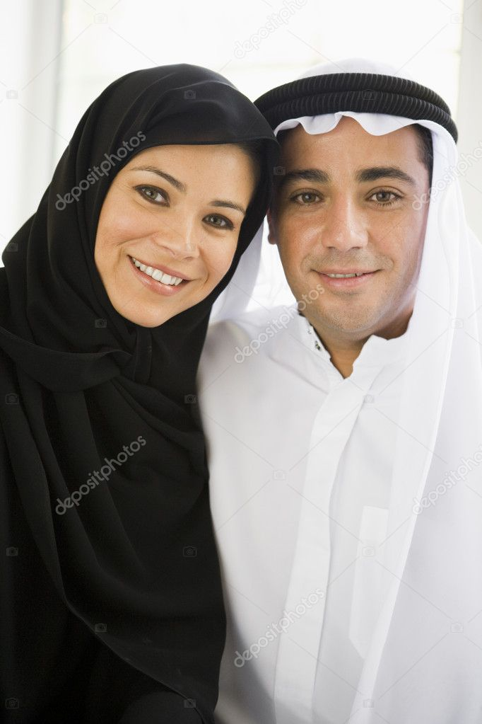 Portrait of a Middle Eastern couple — Stock Photo #4760409