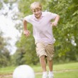 Young boy playing soccer — Stock Photo