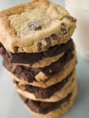 Stack Of Milk And Dark Chocolate Chip Cookies — Stock Photo