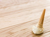 Ice Cream Cone Dropped On The Floor — Stockfoto