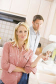Husband And Wife Doing Dishes — Stok fotoğraf