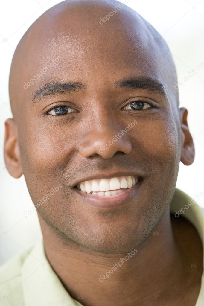 Head shot of man smiling — Stock Photo #4777892