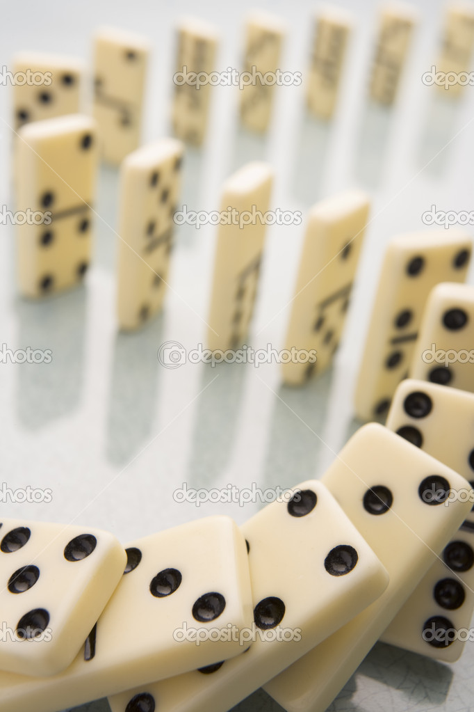 Arrangement Of Domino Pieces Collapsing — Stock Photo #4778933