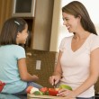 Mother And Daughter Preparing meal,mealtime Together — ストック写真
