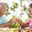Couple Eating An Al Fresco Meal — Foto Stock