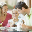 Family Having Lunch Together At The Mall — Stockfoto