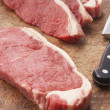 Sliced Steak On Wooden Cutting Board — Stok fotoğraf