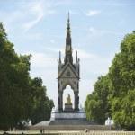 turistler önünde albert Anıtı, Londra, İngiltere — Stok fotoğraf