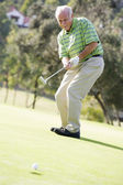 Man Playing A Game Of Golf — Stok fotoğraf