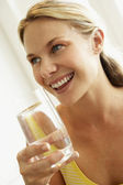 Young Woman Drinking A Glass Of Water — Stock Photo