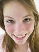 Portrait Of Teenage Girl Smiling — Stock Photo
