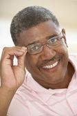 Senior, portret, geluk, man, jaren vijftig, vrolijke, gelukkig, glimlachen, vr — Stockfoto