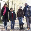 Family On Autumn Walk In Countryside — Stock fotografie