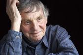 Portret starszego człowieka — Zdjęcie stockowe