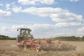 Tractor de preparación del suelo — Foto de Stock