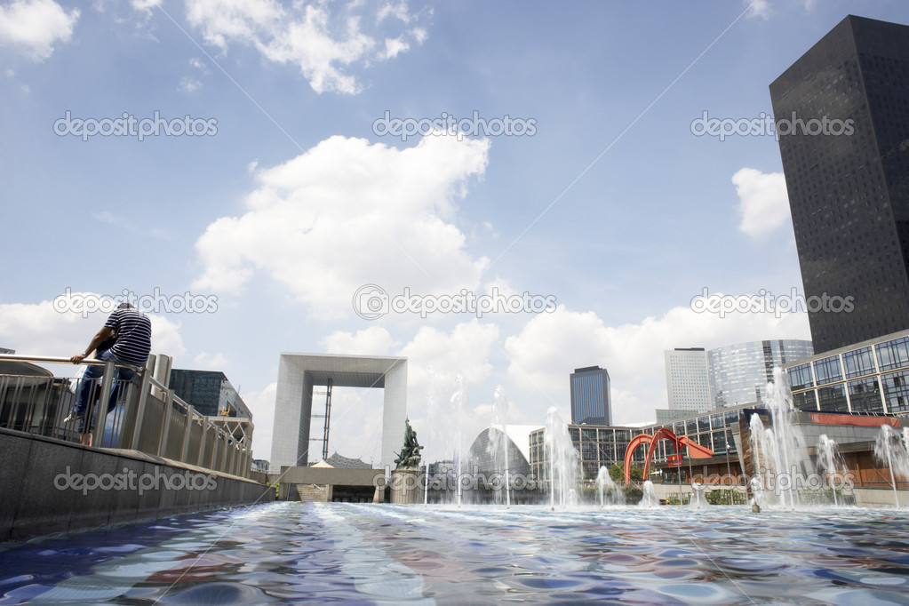 Grand Arch In La Defense Paris — Stock Photo #4797151