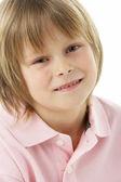 Studiový portrét smějící se chlapce — Stock fotografie