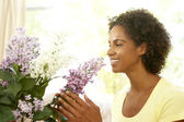 Woman Flower Arranging At Home — Stock Photo