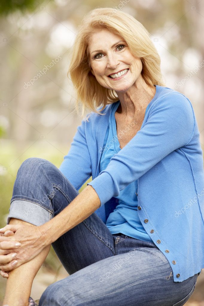 Portrait Of Senior Woman — Stock Photo #4815856