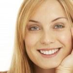 Portrait Of Pretty Smiling Woman — Stock Photo