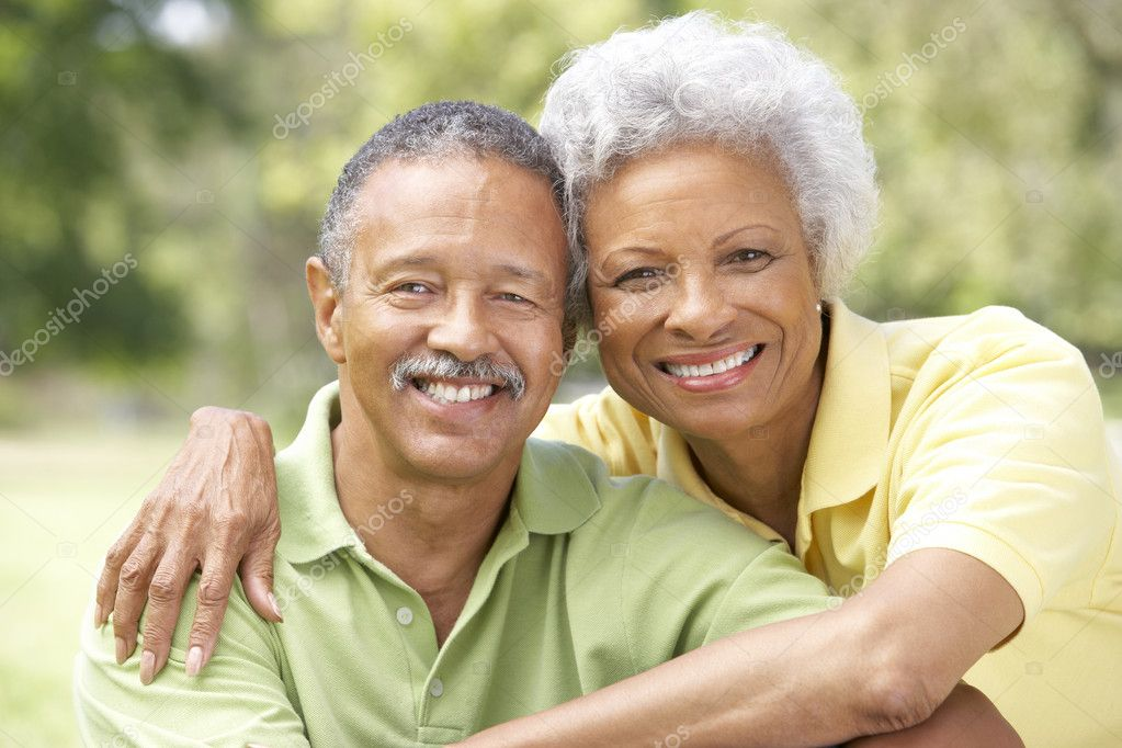 Portrait Of Senior Couple In Park — Stock Photo #4822595