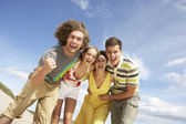 Group Of Friends Having Fun On Summer Beach — Stock Photo