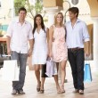 Group Of Friends Enjoying Shopping Trip Together — Lizenzfreies Foto