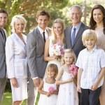 Семейные группы на свадьбе — Стоковое фото