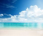 Sand and Caribbean sea — Stock Photo