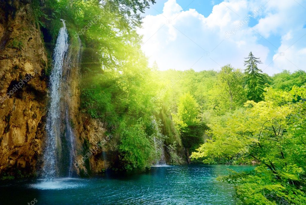 Waterfalls in deep forest — Stock Photo #4608824