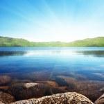 Lac de montagne du Nord — Photo
