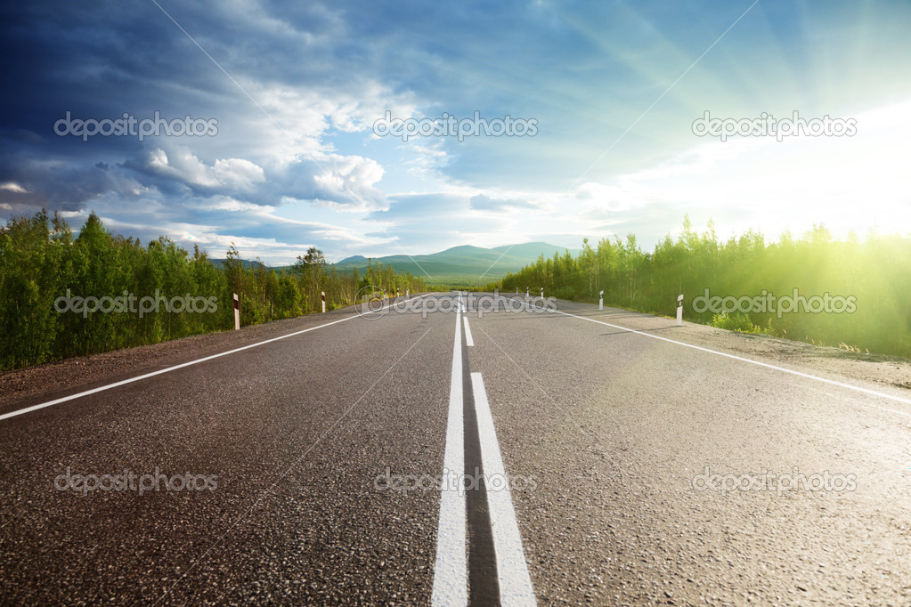Фотообои Road in mountains