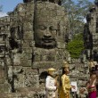 Khmer at angkor — Stock Photo