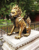 Bronze lion in Forbidden City — Zdjęcie stockowe
