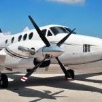 Twin Engine plane — Stock Photo