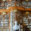 Old Library in Abbey — Stockfoto #4919053
