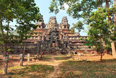 Panoramic view of ancient temple Ta Keo at Angkor Wat — Stock Photo