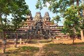 Panoramic view of ancient temple Ta Keo at Angkor Wat — Fotografia Stock