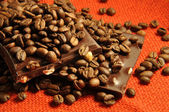 Black chocolate with coffee beans — Stock Photo