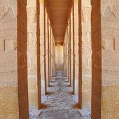 Massive columns of karnak temple, luxor, egypt — Stock Photo