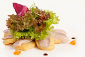 Sashimi with salad — Stockfoto
