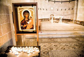 Virgin Mary holding baby Jesus — Stock Photo