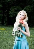 молодая женщина — Стоковое фото