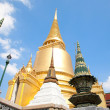 Golden Stupa - Stockfoto