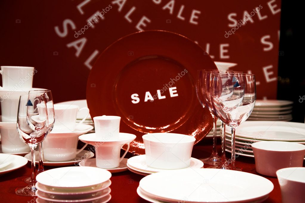 Plates And Other Dishware For Sale. Red And White. — Stock Photo #5247489