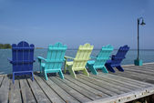 Chaises adirondack coloré — Photo