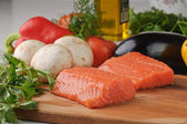 Salmon & vegetables — Stock Photo