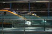 Yüksek hızlı tren istasyonu - soyut — Stok fotoğraf
