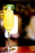 黄色鸡尾酒 — 图库照片